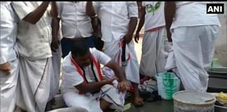 Thanga Kathiravan, the AIADMK candidate at Nagapattinam, washing clothes | ANI