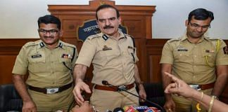 File image of former Mumbai police commissioner Param Bir Singh (centre) | PTI