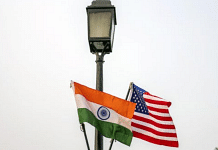 The national flags of India and US hang from a lamppost in New Delhi | Photo: Prashanth Vishwanathan | Bloomberg File Photo