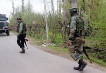 Representational image of security forces at an encounter site in Jammu and Kashmir