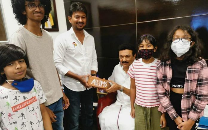 Udhayanidhi Stalin with his father