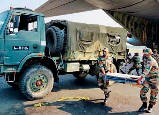 Indian Army has mobilised two Field Hospitals from North-East by air to Patna to assist the Bihar government in fighting the recent surge of Covid cases | Twitter/@adgpi