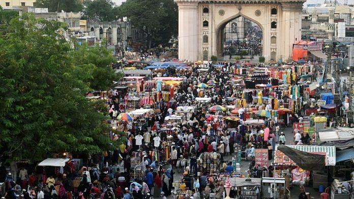 A massive crowd for Ramzan shopping ahead of Eid-Ul-Fitr in Hyderabad on 6 May.   Photo: ANI