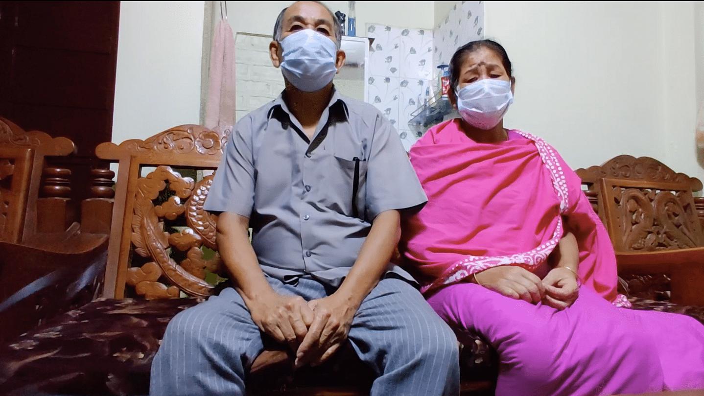 Erendro's parents, Leichombam Raghumani (left) and L. Landhoni | Photo: Simrin Shirur/ThePrint