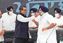 BSP MP Satish Mishra (third from left) with SAD chief Sukhbir Singh Badal in Chandigarh Saturday   Twitter/@officeofssbadal