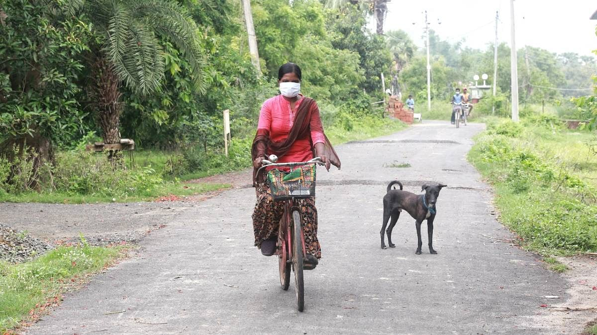 Churki cycles off in the morning to pick up her rented van | Manisha Mondal | ThePrint