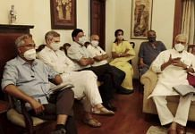 Former J&K Chief Minister, Omar Abdullah (2L) and TMC leader Yashwant Sinha (R) during a meeting with opposition leaders, at NCP president Sharad Pawar's residence in New Delhi on 22 June 2021