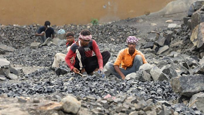 Workers at a stone quarry | Manisha Mondal | ThePrint