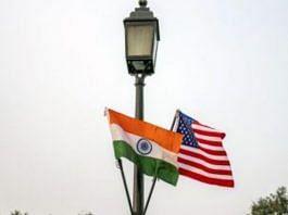 The national flags of India and US hang from a lamppost in New Delhi | Representational Image | Photo: Prashanth Vishwanathan/Bloomberg