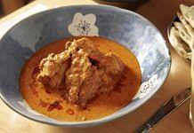 Butter chicken at Adda