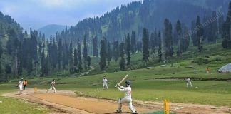 Cricket team playing match at the Homepabthri kulgam district | Photo: Praveen Jain | ThePrint