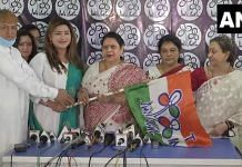 Somen Mitra's wife Sikha Mitra (second from right), and Suvra Ghosh (extreme right), Pranab Mukherjee's sister-in-law, joined the Trinamool Congress Sunday | ANI