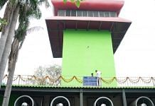 The smog tower is located in Connaught Place, Delhi | Twitter/@AamAadmiParty