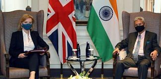 India's External Affairs Minister S. Jaishankar (right) meets his United Kingdom counterpart Elizabeth Truss in New York   Photo: ANI via @DrSJaishankar/Twitter