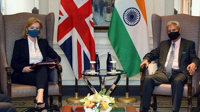 India's External Affairs Minister S. Jaishankar (right) meets his United Kingdom counterpart Elizabeth Truss in New York | Photo: ANI via @DrSJaishankar/Twitter