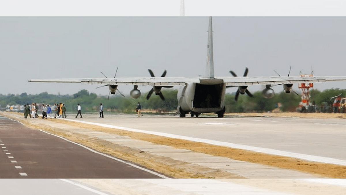 Rajnath, Gadkari inaugurate emergency landing strip for IAF aircraft on NH-925 in Rajasthan