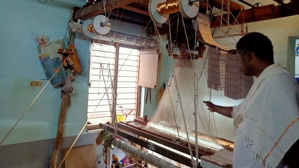 Marudachala Murthy has given up weaving   Photo: Anusha Ravi/ThePrint